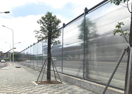 钢围挡C类定制款4米高-深圳施工工地围挡工程案例<