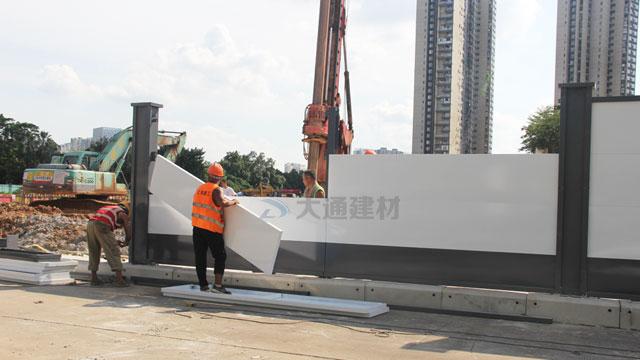 深圳龙岗鹅公岭社区园岭片区城市更新项目施工围挡安装
